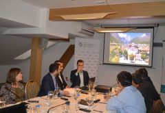 Pejë/Pe? Tourism Stakeholders Discuss Sector Development
